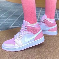 NIKE Air Jordan 1 Mid  New fashion hook women shoes