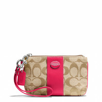 LEGACY SMALL WRISTLET IN SIGNATURE FABRIC