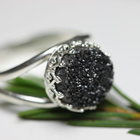 Round 925 sterling silver ring with black druzy quartz, Vintage ring, Cocktail ring, Bridesmaid gift