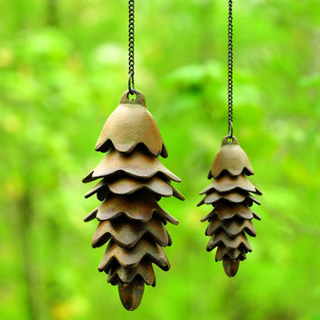 """SPI Home 32730 One Large Pinecone Wind Chime (22.5"""" x 4"""" x 4"""")"""