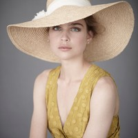 White Meidland Sunner in  the SHOP Attire Hair Adornments at BHLDN