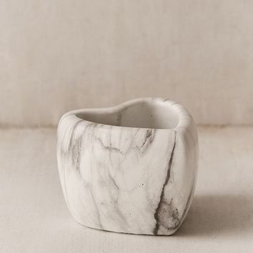 Mini Marbled Heart Planter   Urban Outfitters