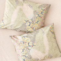 Floral Camo Sham Set | Urban Outfitters