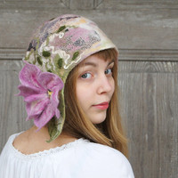 Unique felted cloche hat in retro style, in pastel colors with pink flower. OOAK
