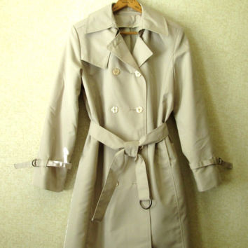 "Trench Coat, belted raincoat, classic ivy league preppy, Audrey style, beige tan khaki, women size 4 small, vintage 70s, ""On Shore Mfg"""