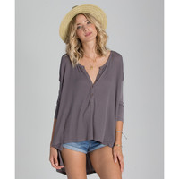 HARD TO CHASE HENLEY TEE