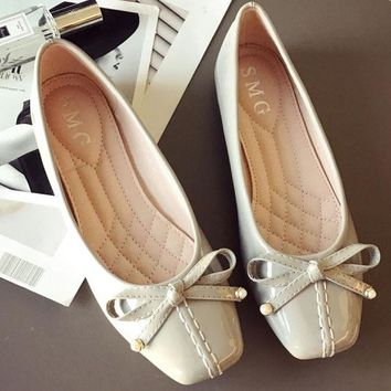 New style patent leather bowknot square - end flat flat comfortable women's single shoes