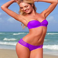 The latest model of the summer by the sea sexy hot Bikini