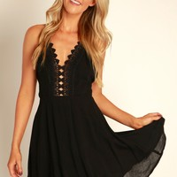Tulip Twirl Lace Dress Black