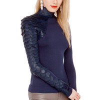 Gracia Scale Top in Navy