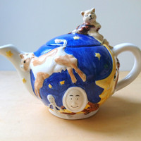 Vintage French Ceramic Teapot Hey Diddle Diddle, the Cat and the Fiddle, the Cow Jumped Over the Moon