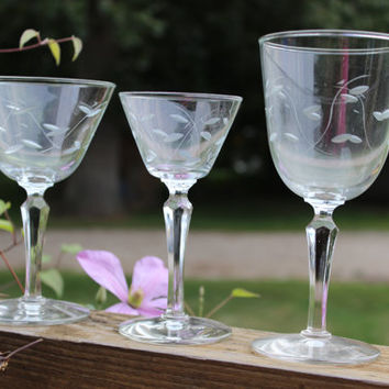 2 Mid century etched crystal water goblets, wedding toasting glasses w/ prism stems, Mid century bar cart wine glasses, Libbey Windswept