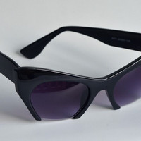 Designer Retro Cat Eye Black Sunglasses