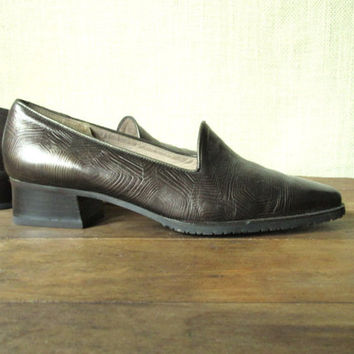 Leather Pumps, chunky block heels, vintage 80s 90s bronze metallic, office attire secretary style, tortoise shell, womens size 6 1/2