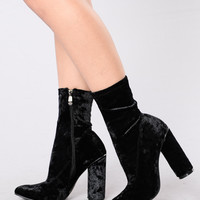 I Came And Crushed You Boot - Black