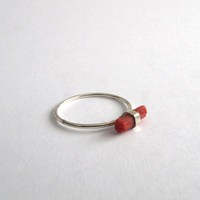 TINY RING CORAL AND SILVER - migayo