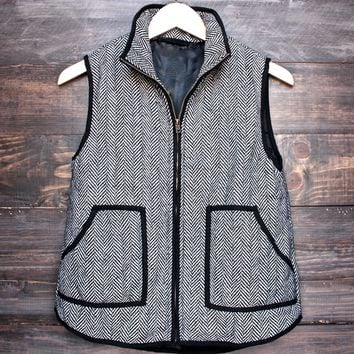 Final Sale - Herringbone Quilted Puffer Vest in Black