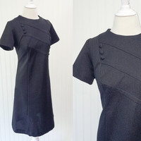 Peggy dress // 1960s onyx jet black knit diagonal pleats with buttons Mod space age midi // minimalist // size L 38