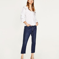 WIDE OPEN NECK SHIRT WITH PUFFY SLEEVES DETAILS