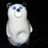 Polar Bear Pipe with Blue Accents