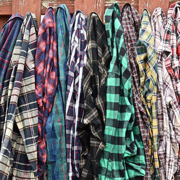 Mystery Vintage Flannel Shirt / 90s Grunge / Oversized / Slouchy
