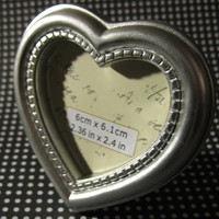 Mini Silver Heart Holiday Vintage Style Deco Picture Frame Decoden Ornament