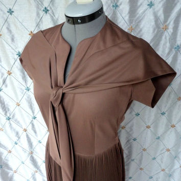 ON SALE 50s Dress // Vintage 1950s Dark Mocha Brown Day Dress from Caplans Size S