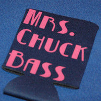 Mrs. Chuck Bass Koozie   Navy blue with Lipstick Pink Lettering  Coozie Huggie