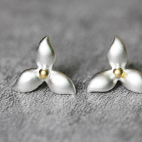 Delicate Leaf Earrings, Sterling Silver Leaf Stud Earrings, Delicate earrings, Cute studs earrings, Leaf Jewelry, gifts for her