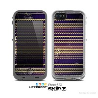 The Grunge Colorful ZigZag Striped Skin for the Apple iPhone 5c LifeProof Case