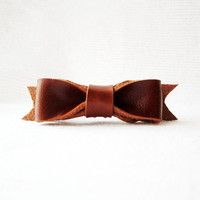 Brown hair bow barrette, tan leather bow barrette, brown bow hair clip, cute bow barrette, leather hair bow, leather hair clip accessory