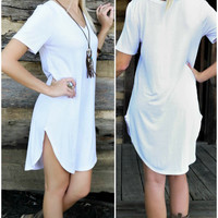 Casual Elegance White T-Shirt Dress With Rounded Hem