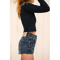Vintage Black LEVI Shorts Denim Cutoff CUSTOM-FIT Jean Shorts