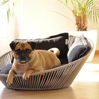 Dreamy Siro Twist Dog Bed