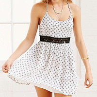 Patterned Lace A-Line Chiffon Dress
