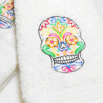 Guest Towel, Sugar Skull, Bathroom Towel, Hand Towels, Machine Embroidery, Thick Plush Towels, Day of the Dead, Dia de los Muertos, Towels