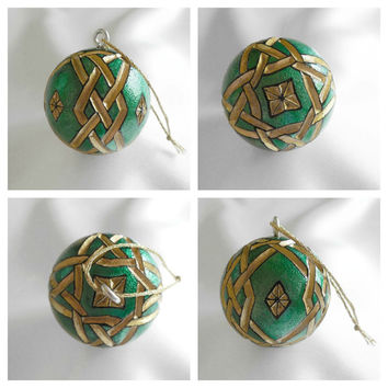Celtic Knot Christmas Ornament, Carved Golf Ball Ornament, Unique Golf Gift For Golfer