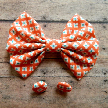 Hairbow and Button Earrings Gift Set, Large Orange Tiled Hairbow perfect for a gift.