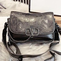 Valentino New fashion leather chain shoulder bag crossbody bag Black