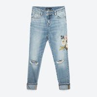 RELAXED FIT EMBROIDERED JEANSDETAILS