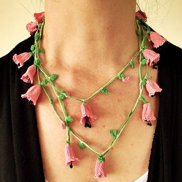 Pink Crocheted Necklace, Bellflowers Oya Wrap Necklace, Boho Beaded Lariat Necklace, Crochet Jewelry, Pink Flower Necklace, Gift For Her