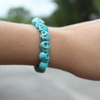 Betsy Pittard Designs: Scull Bracelet Turquoise
