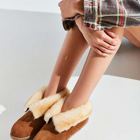 Minnetonka Sheepskin Ankle Boot | Urban Outfitters