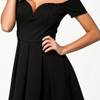Liliane V neck Black Dress