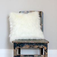 White Fox Faux Fur Pillow,  Off white fur pillow, pillow, faux fur cushion cover, winter decor, fur decor
