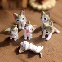 6pcs/Lot Cheese Cat Miniature Figurines Toys Cute Lovely Model Kids Toys 4cm Pvc Japanese Anime Children Figure World 2 Colors