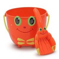 Melissa & Doug Sunny Patch Clicker Crab Pail and Shovel