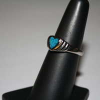 Turquoise Heart Stone Ring Vintage Sterling Silver Ring Size 7 - free ship US