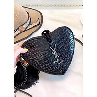 YSL 2019 new female crocodile embossed clutch Black