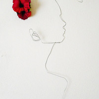 Wire wall art Woman, An overwelming tuft of air - female portrait - wall sculpture